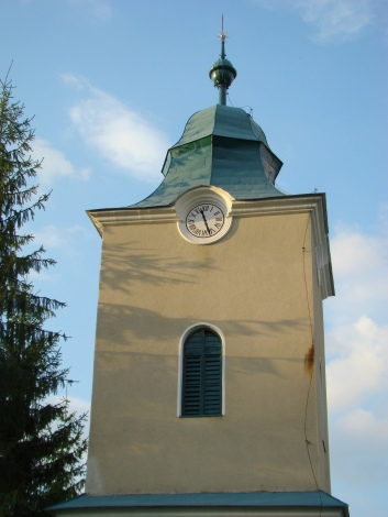 Alunişu-RO_CJ_Biserica_reformata_din_Alunisu_(73)